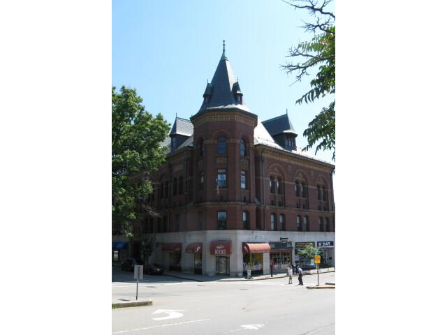 Framingham Center image