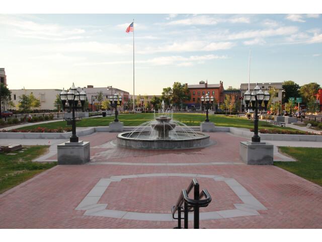 Westfield-park-square-july-05-2012. image