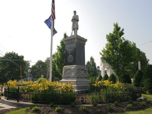 Monument Square  Gray Maine image