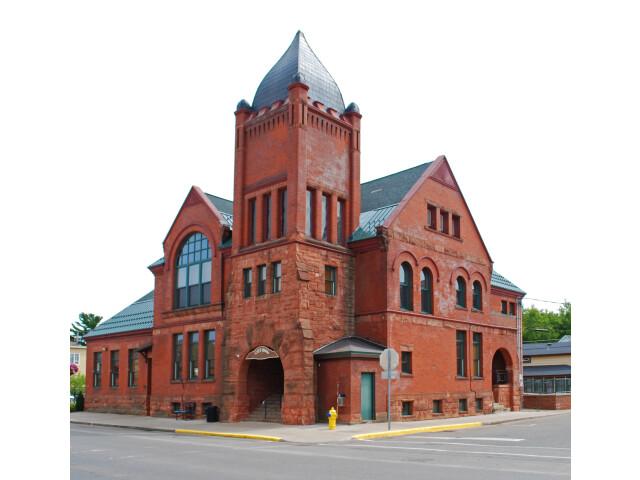 Ishpeming Municipal Building 2009 image