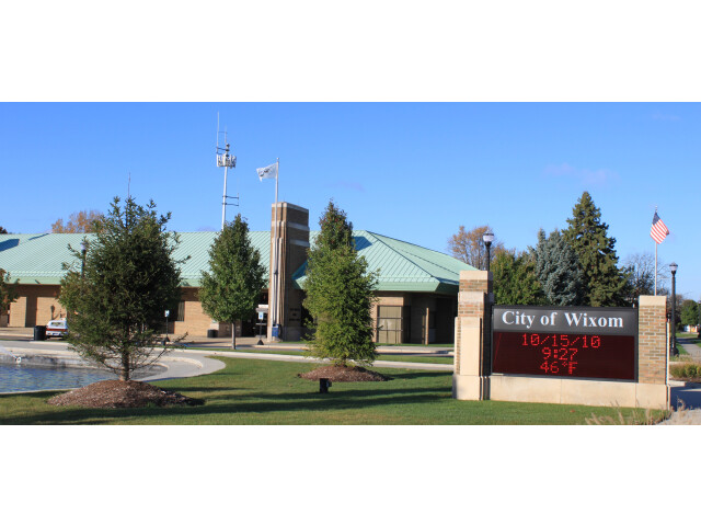 Wixom Michigan City Offices image