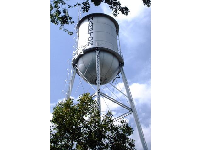 HamptonMNwatertower2006 image