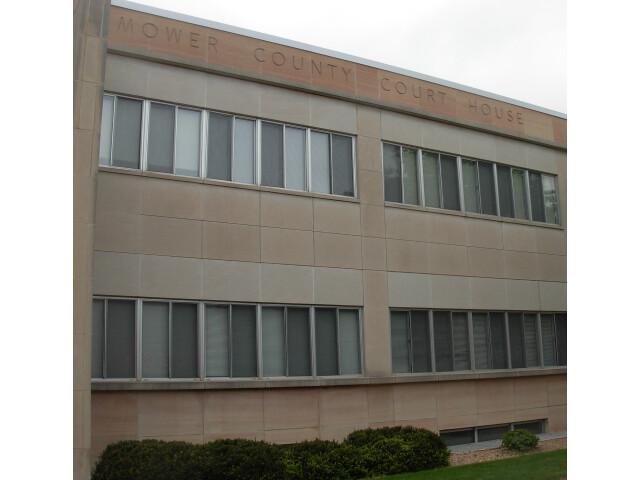 MowerCountyMNCourthouse2008 image