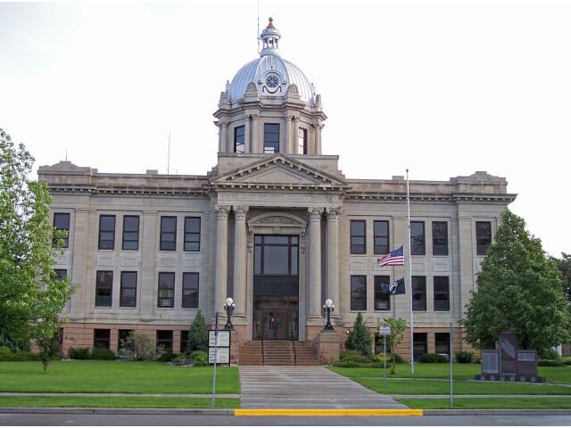 Richland County Courthouse Wahpeton image