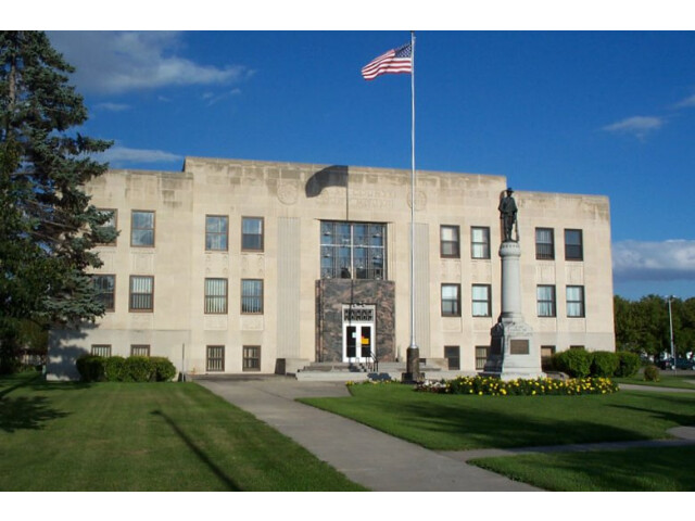 Walsh County Courthouse image