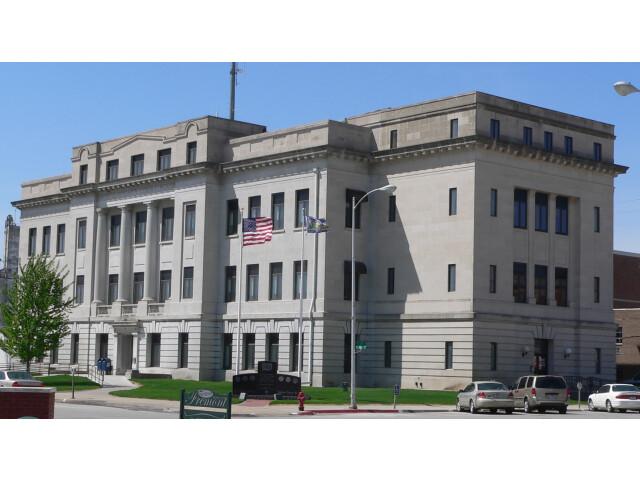 Dodge County  Nebraska courthouse from NE 1 image