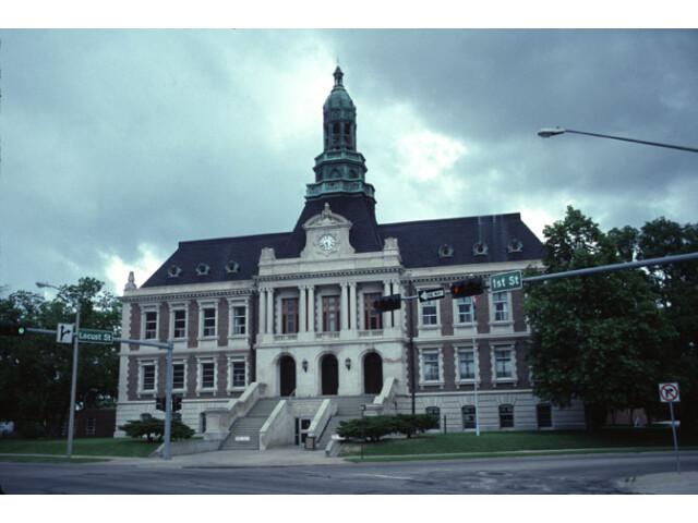 Hall County Courthouse  Grand Island image