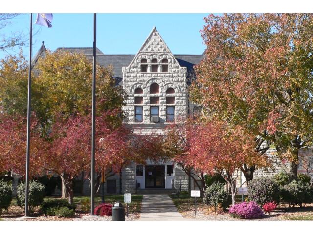Nemaha County  Nebraska courthouse from E 2 image