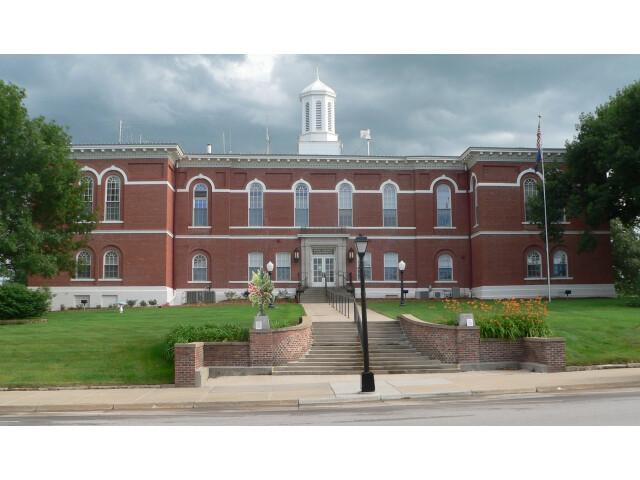 Otoe County  Nebraska courthouse from N 2 image