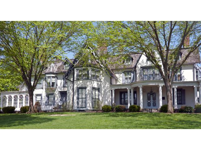 Ringwood Manor spring 2015 image