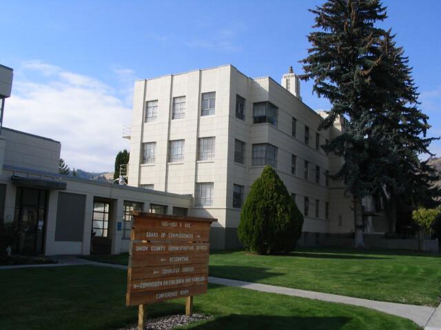 Union County Courthouse  La Grande  Oregon image