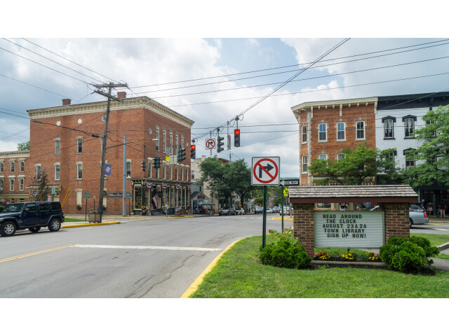 Center of downtown Clinton NY image