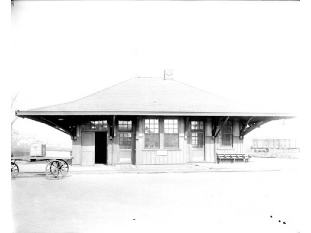 Falconer Station image