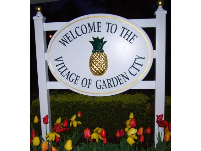 Pineapple - Garden City NY image
