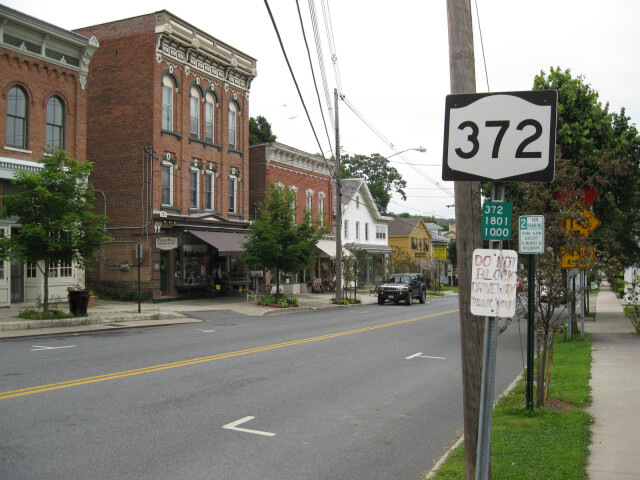 NY 372 heading eastbound in Greenwich image