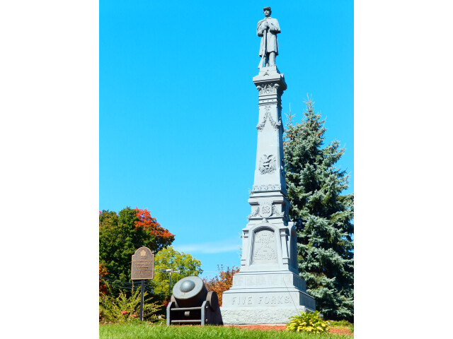 Soldier%27s Monument of Lowville  NY in the Fall. image