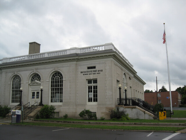 U.S. Post Office Newark NY Aug 09 image