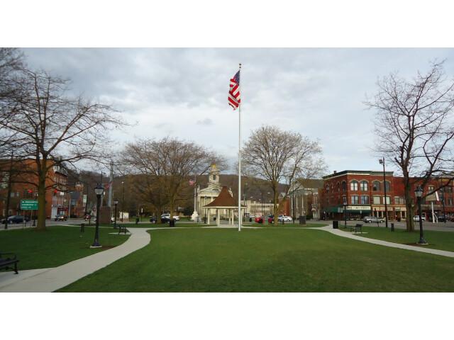 Huntington image