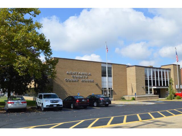 Ashtabula County Courthouse  new building image