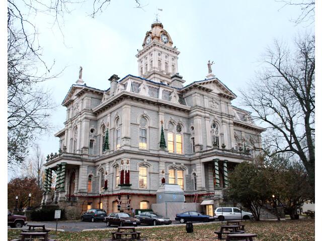 Newark-ohio-courthouse image