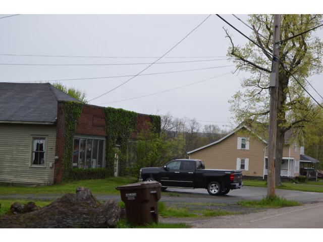 Hartford Street  Orangeville image