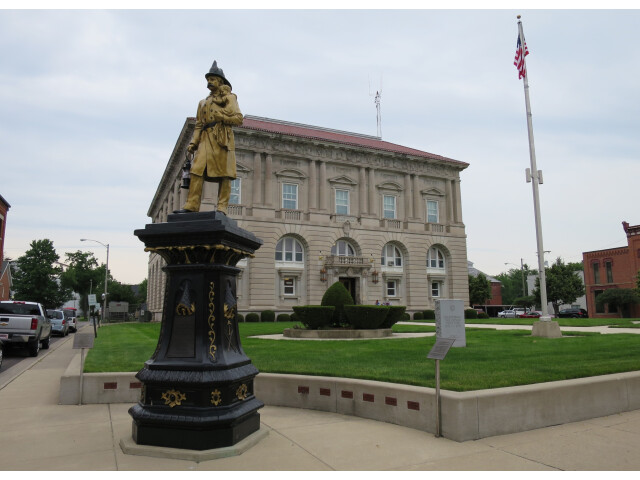 Putnam County Courthouse - panoramio '1' image