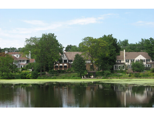 Shaker Heights Houses image