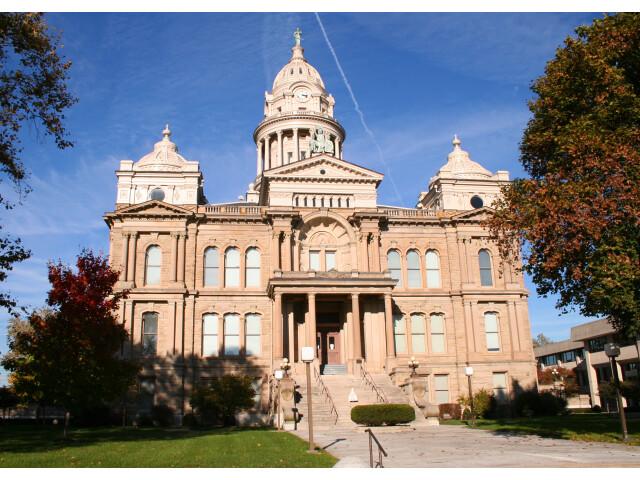Troy-ohio-courthouse image