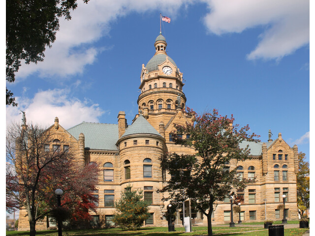 Trumbull County Courthouse image