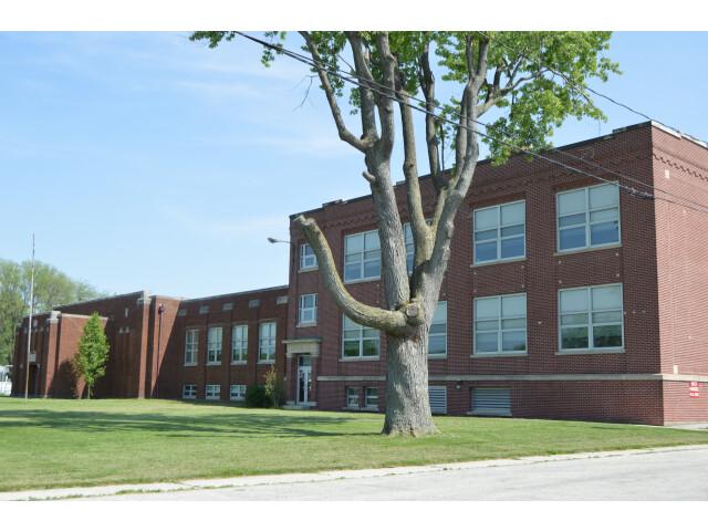 Walbridge former high school image