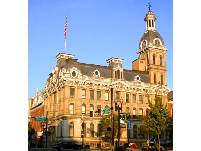 Wayne County courthouse 'Wooster' image