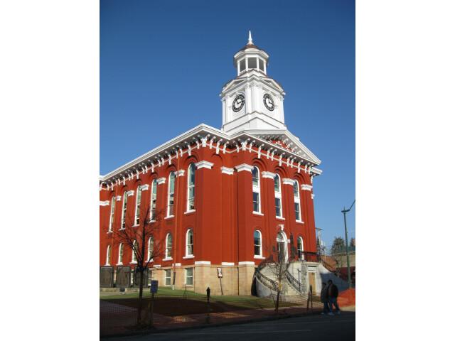 Jefferson County Courthouse Brookville PA Nov 09 image