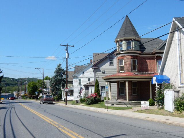 Main St  Walnutport PA 01 image