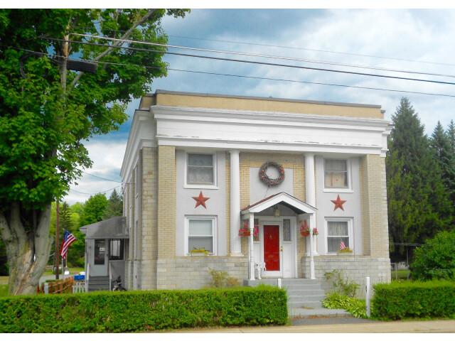 House Waymart PA image