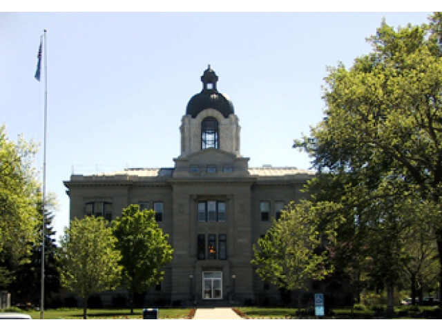 Brookings court house image