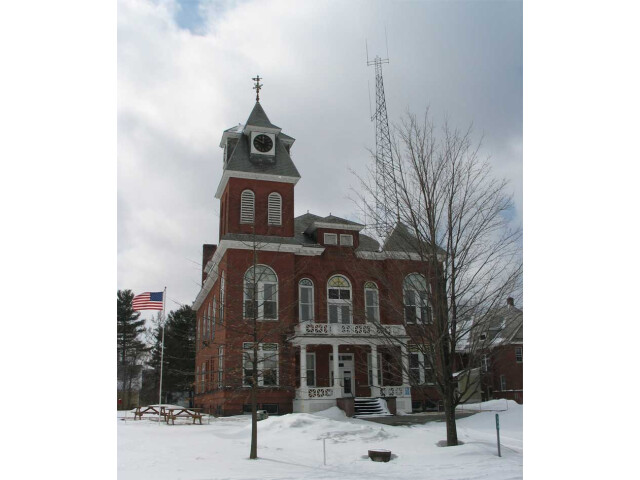 Hyde park courthouse 20040313 image