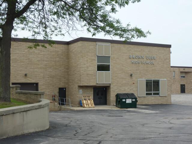 Brown Deer High School image