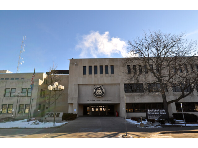 Eau Claire County Courthouse image