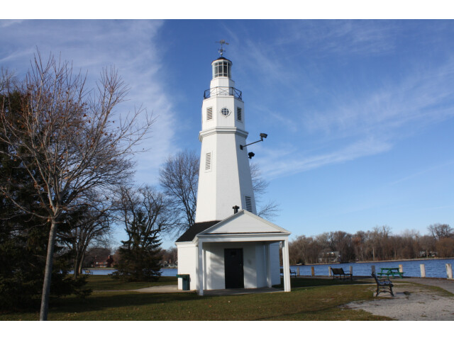 NeenahLighthouse2009FoxRiver image