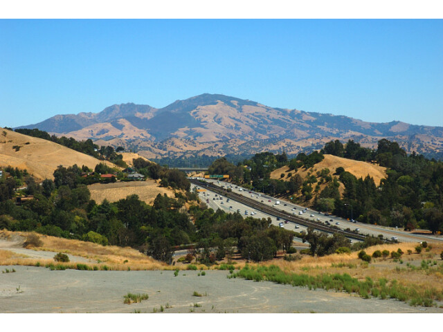 View of Mount Diablo and CA Highway 24 from Lafayette Heights image