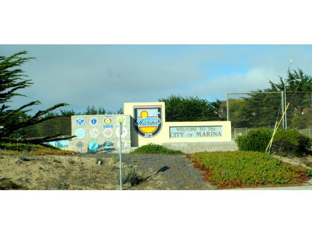 Marina City Sign image