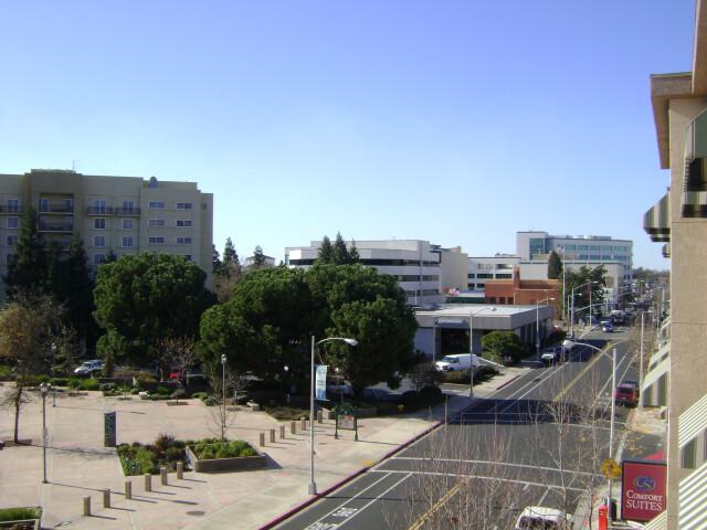 Visalia Acequia Ave. image