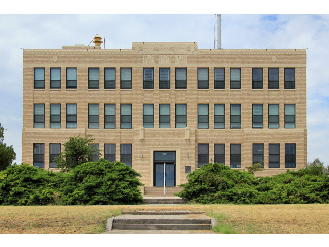 Irion county courthouse 2014 image