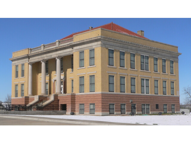 Roberts County  Texas  courthouse from E 1 image