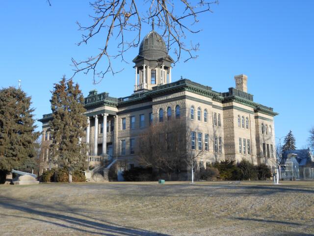 Cascade Co Courthouse outside 3 image