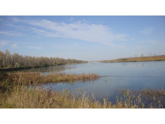 Cross Ranch State Park  North Dakota '5069906194' image