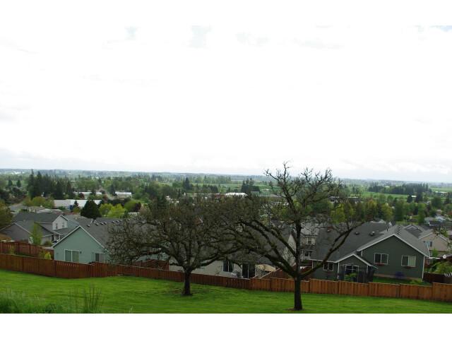 Dundee Oregon USA image