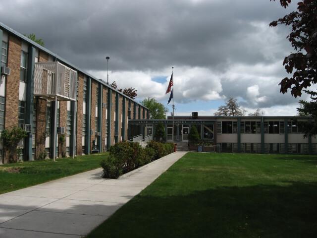 Lake County  Oregon courthouse image