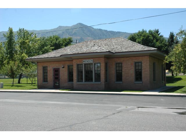 Mendon Utah Station. image
