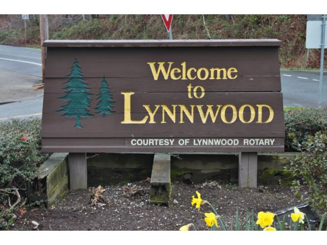 Lynnwood  WA welcome sign image